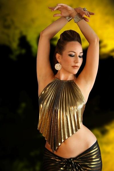 Bozenka, bailarina de danza del vientre.