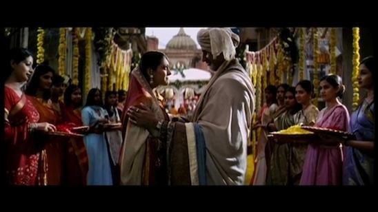 Escena de amor bollywood.
