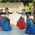 Cómo se baila la danza tribal: formaciones, pasos, música y vestuario.