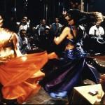 """""""Rojo Oriental"""", las dos caras de la danza del vientre"""