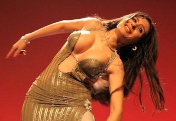 Dina, bailarina egipcia de danza del vientre